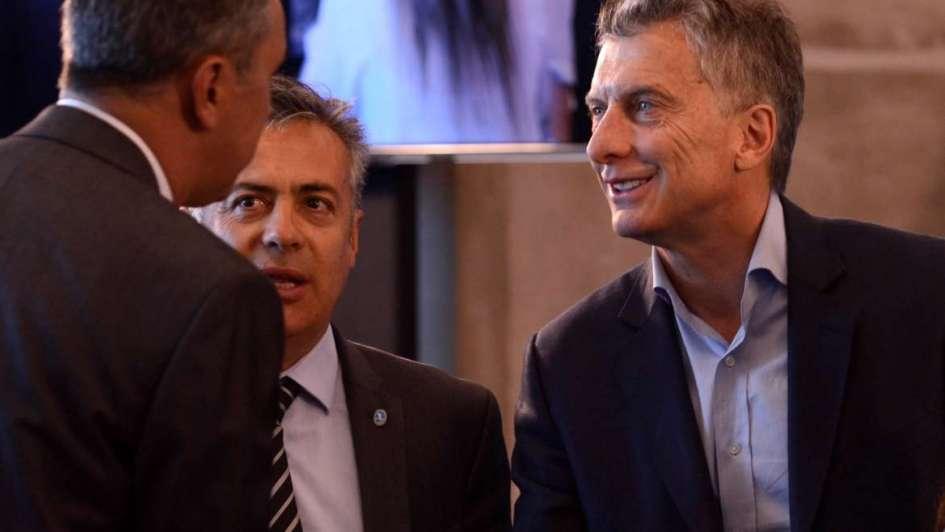 Cornejo confirmó que no habrá impuesto al vino ni a los espumantes