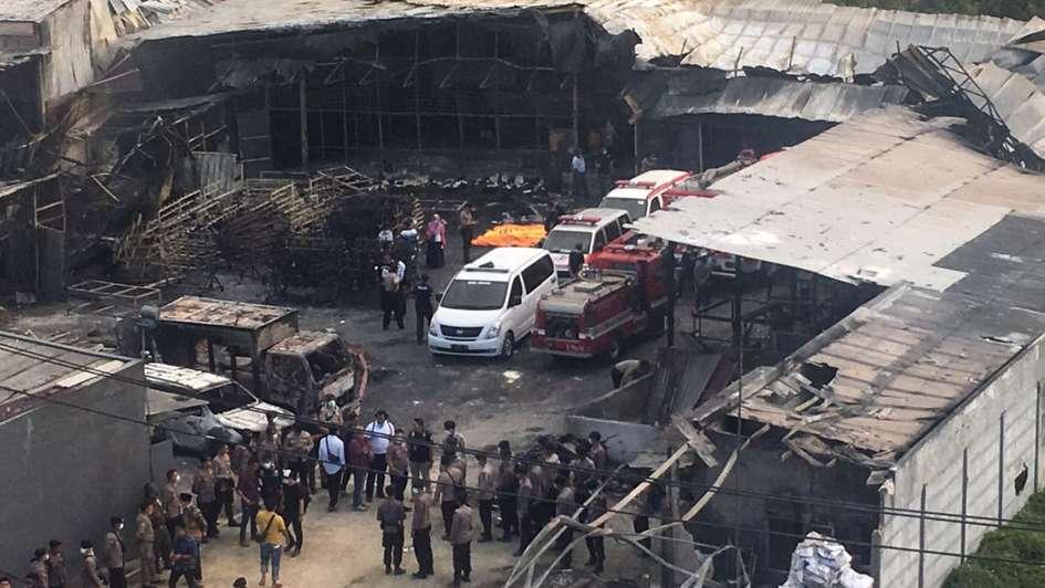 Una fábrica de fuegos artificiales explotó y dejó 47 muertos — Indonesia