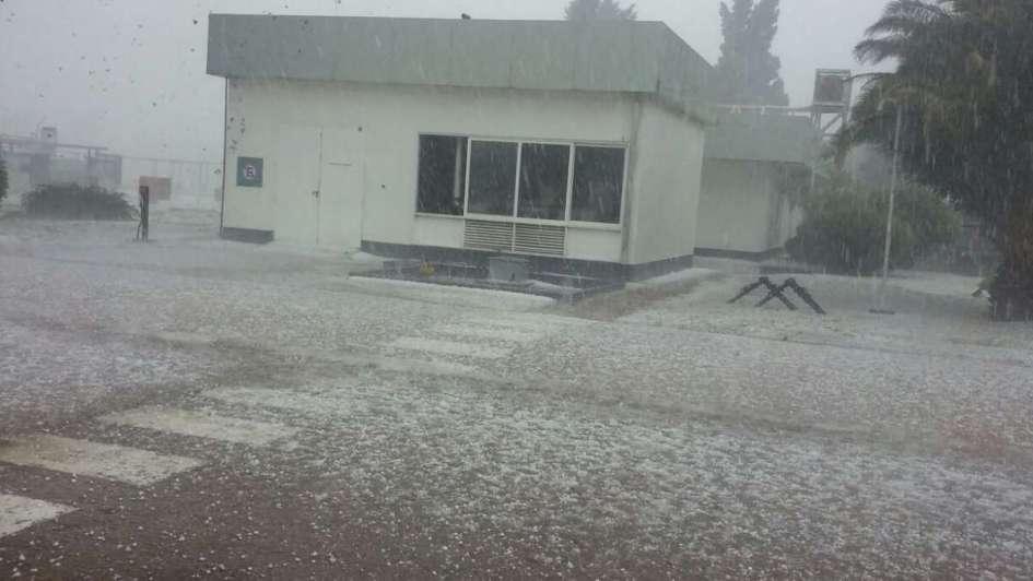 Una fuerte tormenta de granizo azotó a San Luis