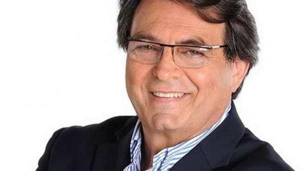 Quién reemplazará al periodista Antoñana