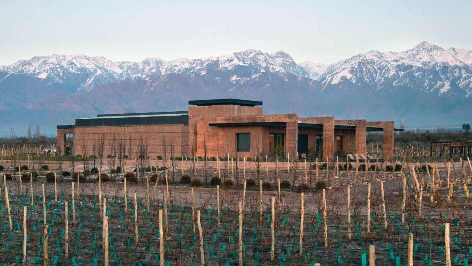 """Casa Bodega en Mendoza: """"El regreso a las raíces"""