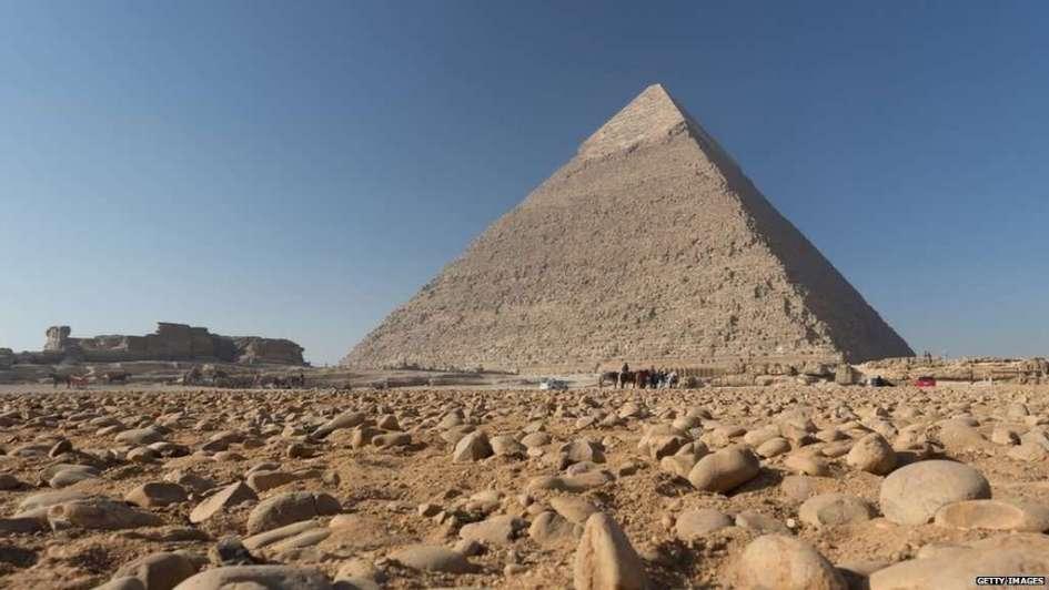 Increíble hallazgo: una gigantesca cámara secreta en la pirámide de Keops