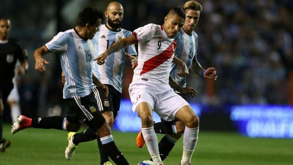 Perú y Gareca, en problemas: Paolo Guerrero dio positivo ante la Argentina