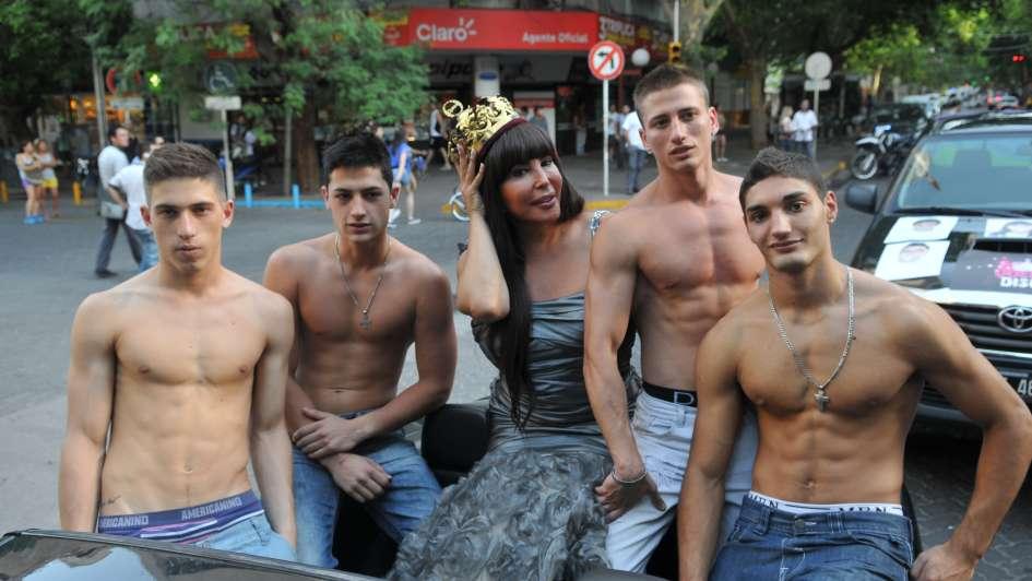 primera vez grupo gay