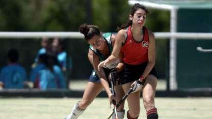 Colegialas y Caciquitas protagonizaron un intenso juego. El triunfo fue para las chicas de San Rafael.