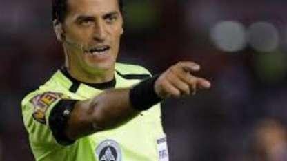 El árbitro internacional, de 42 años.