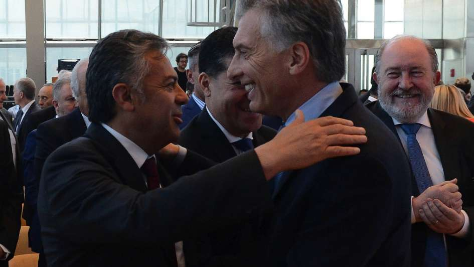 Cornejo negociará en persona con Dujovne — Impuesto al vino