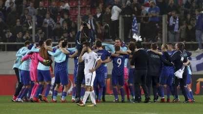 Croacia festeja el empate ante Grecia.