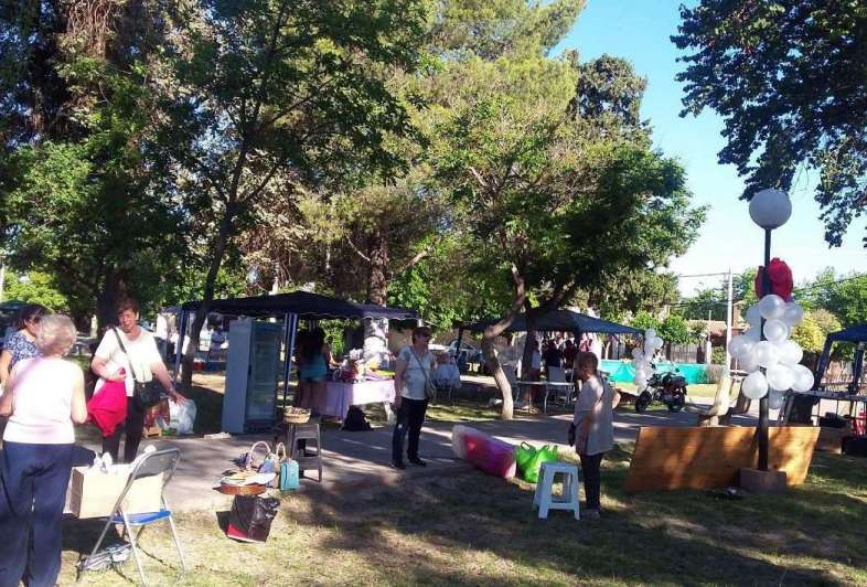 El barrio Jardín Los Andes de San Martín festejó sus 50 años en la plaza