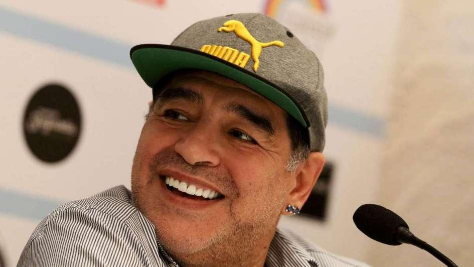 Maradona también lamentó la ausencia de Italia en el Mundial de Rusia