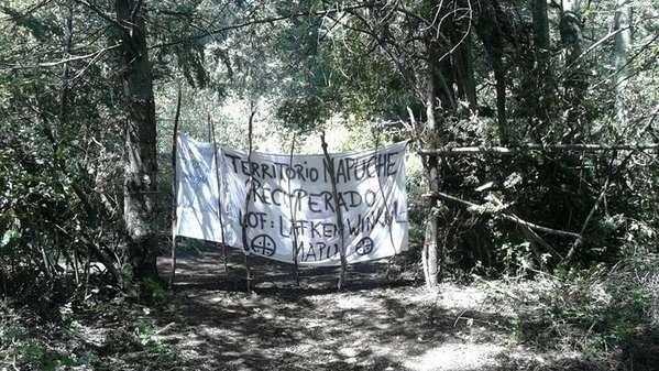 La comunidad mapuche denunció que la Policía Federal rodeó la toma en el Lago Mascardi