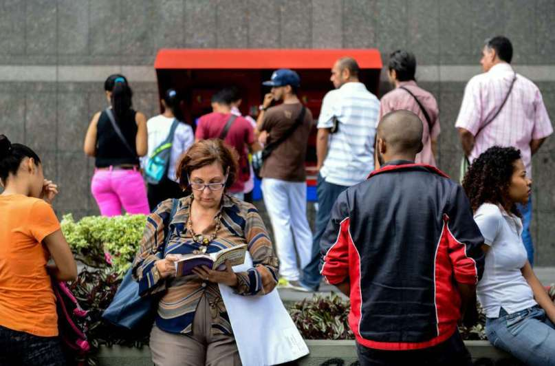 Venezuela, ya en default, depende de Rusia y China