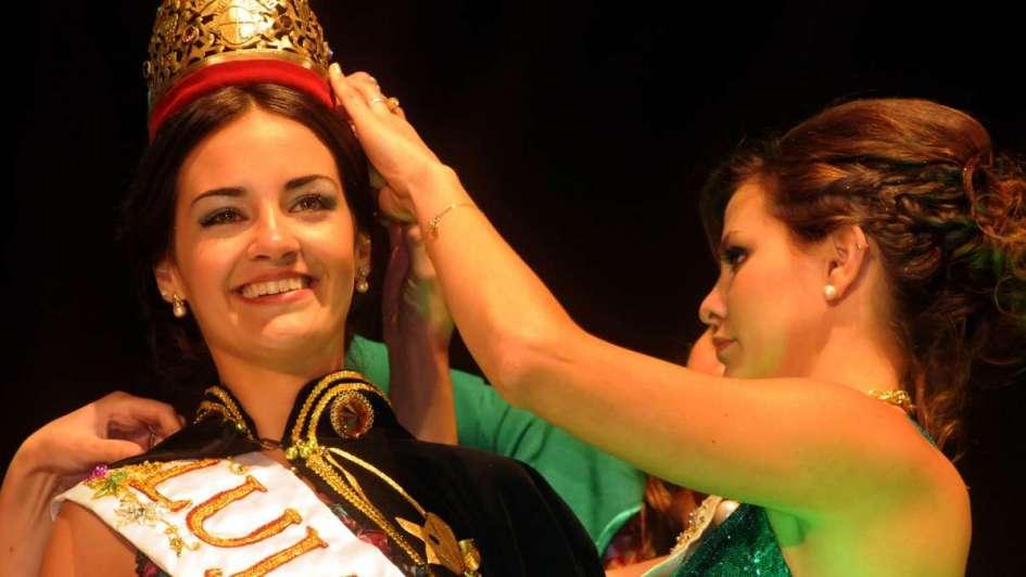 Dos ex Reinas de la Vendimia ahora compiten por la corona del agua