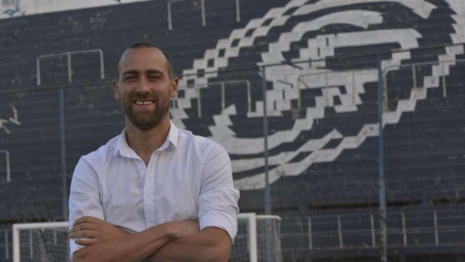 Pablo De Muner fue presentado como director técnico de Independiente Rivadavia