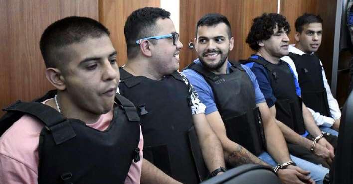 Por una protesta, el juicio a los Monos comenzó con demoras