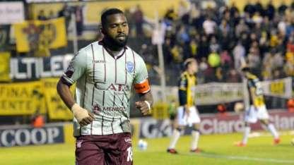 Santiago García suma cuatro goles en el actual torneo de Primera y viene de marcar el empate ante Olimpo.