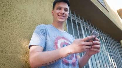Leandro dice que la idea nació luego de ver una película que lo inspiró.