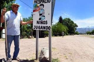 Francisco Gonzalez vive hace 40 años en Las Compuertas y dice que siempre tuvo más presencia allí Luján que Las Heras.