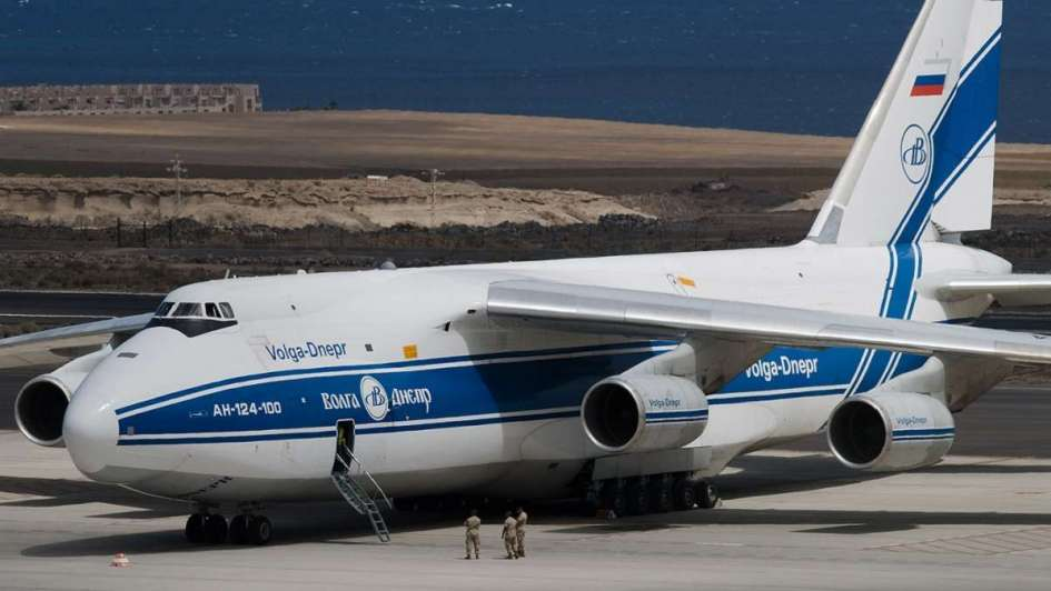 Rusia manda el avión más grande del mundo