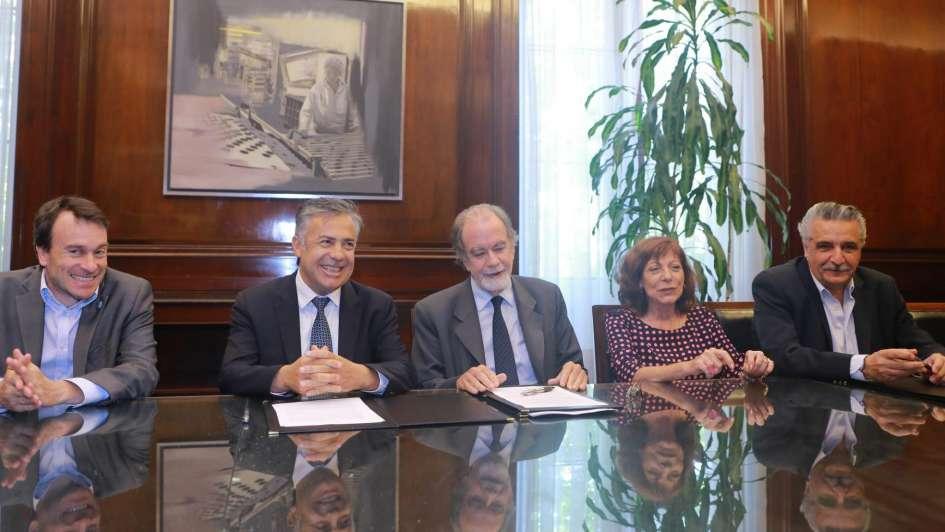 Coviar, Acovi y Fecovita firmaron un acuerdo con el Banco Nación
