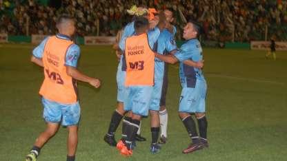 Gutiérrez ganó en San Juan y logró salir del fondo.