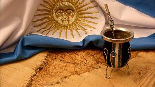 El mate celebra su día — Una pasión argentina
