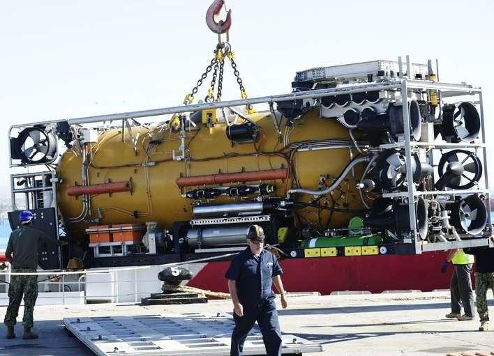Buscan el submarino a 950 metros profundidad