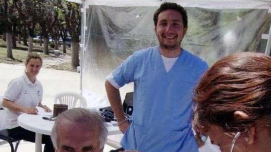 Lo descubrieron e intentó suicidarse — Falso médico