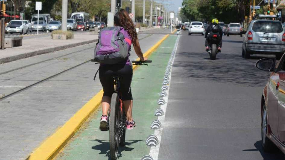InfoDatos. Cuántos kilómetros de ciclovías hay en cada departamento