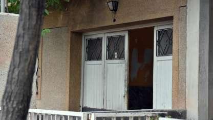 La casa que habitaba la pareja y donde ocurrió el crimen.