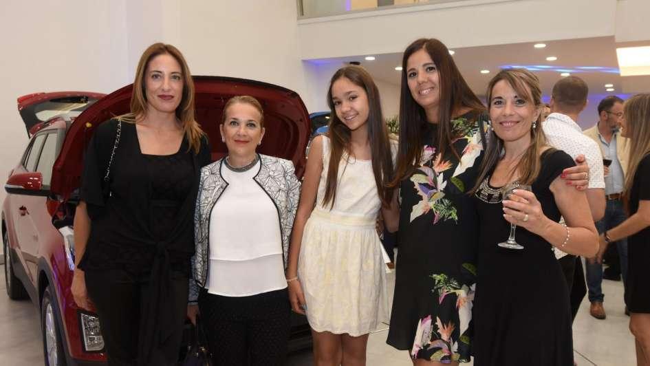 Dipar, concesionaria oficial de Hyundai en Mendoza, estrenó un flamante showroom