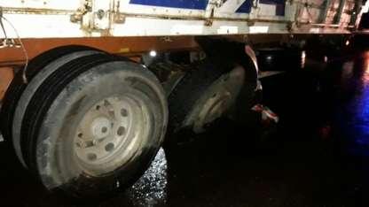 El camión que participó en el accidente