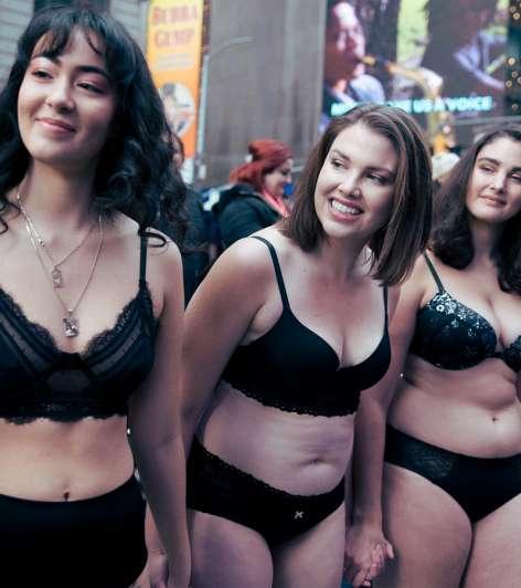 Así modelaron en Times Square para reivindicar la diversidad