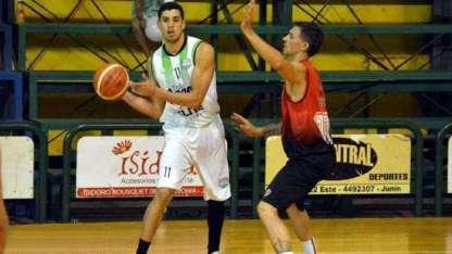 Se disputó en Junín y ganó el Verde 65-63. Tras la protesta, Atenas se quedó con el primer duelo.
