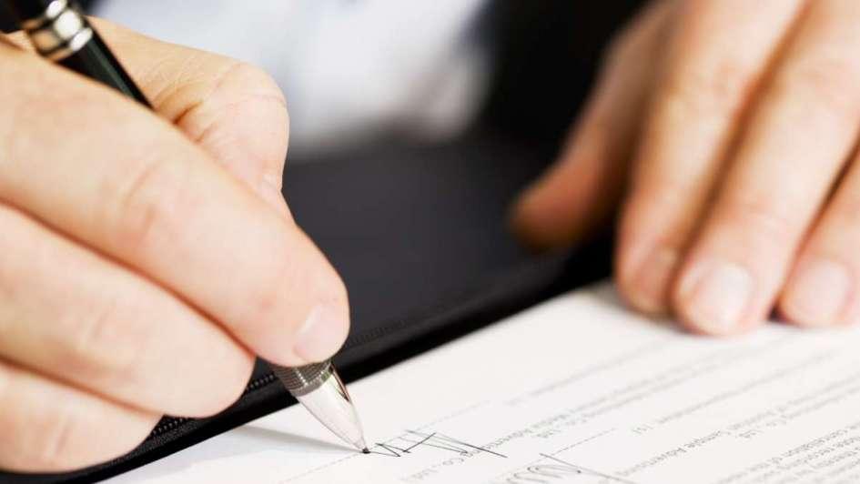 El modus operandi de las supuestas estafas de las escribanas a familiares de fallecidos