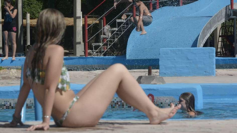 Temporada de pileta: cuánto cuesta pasar el verano en distintos clubes de Mendoza