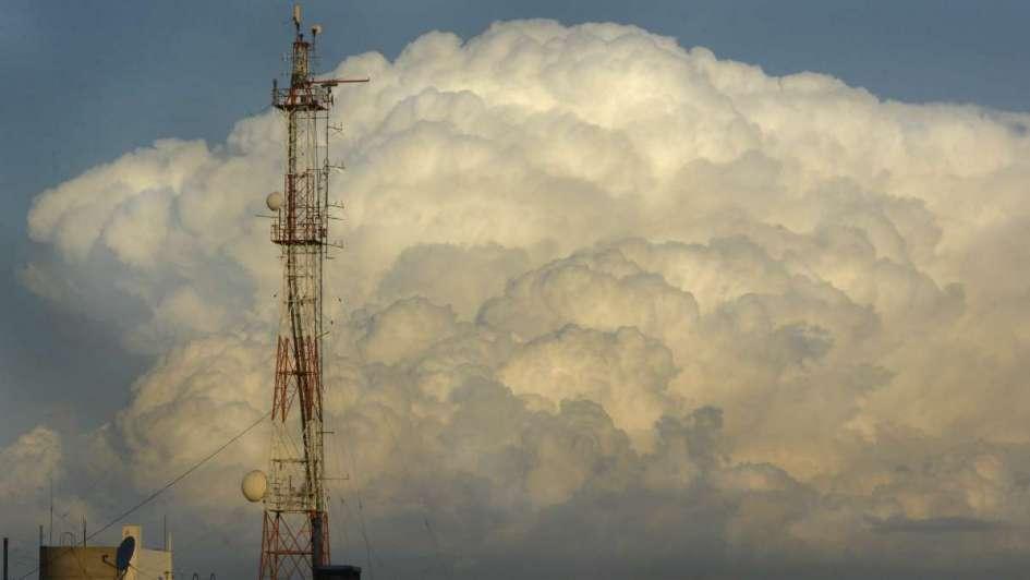 Se esperan tormentas eléctricas aisladas y granizo