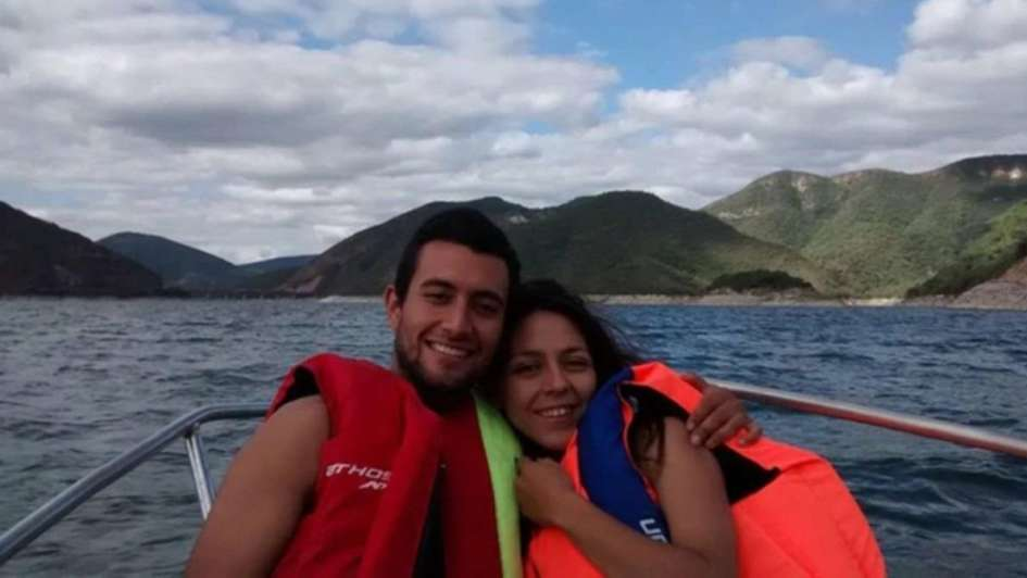 La dolorosa historia de la novia que hoy iba a casarse con un tripulante del ARA San Juan
