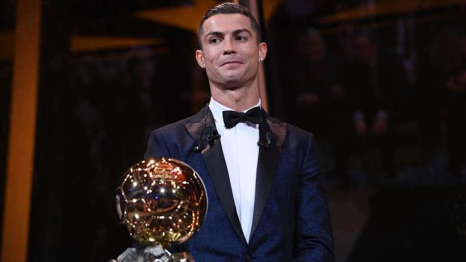 Cristiano Ronaldo conquistó su quinto Balón de Oro y alcanzó a Messi