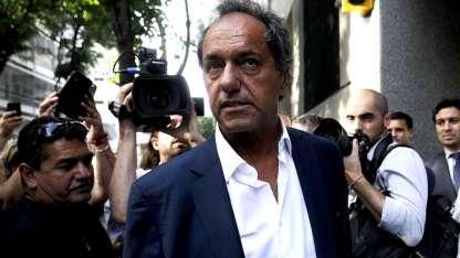 Al ex gobernador de Buenos Aires se lo investiga por supuestos delitos de defraudación y negocios incompatibles