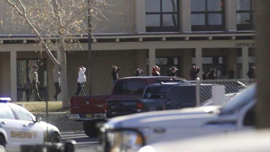 Al menos tres muertos tras un tiroteo en una escuela de Estados Unidos