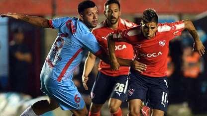 El Rojo quedó a seis puntos de Boca y tiene pendiente su partido con Rosario Central.