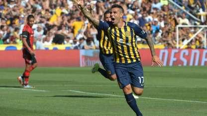 Herrera festeja el gol del triunfo de los canallas.