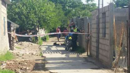 Por el macabro hallazgo, quedaron detenidos el femicida y la mamá de la víctima, quien lo habría encubierto