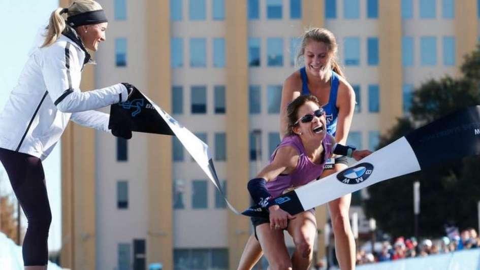 Maratón de Dallas: un conmovedor final despertó polémica