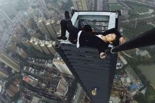 El gimnasta se filmaba en la cima de edificios y compartía sus videos a través de las redes sociales