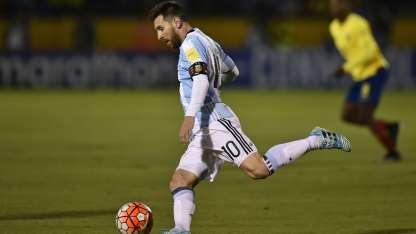 Messi se iluminó ante Ecuador y salvó a una empresa de perder millones de pesos.
