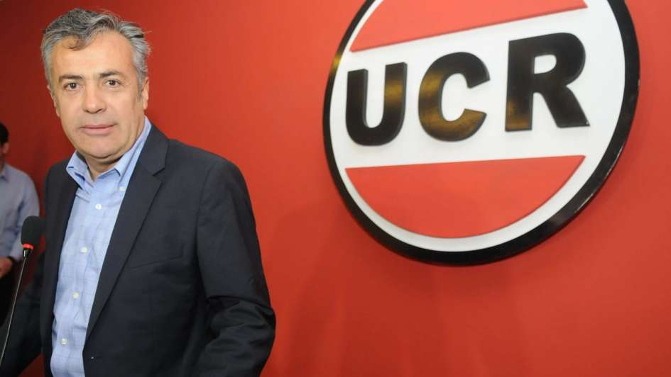 Cornejo es el nuevo presidente de la UCR