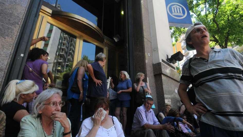 Fuertes cruces por el bono para jubilados