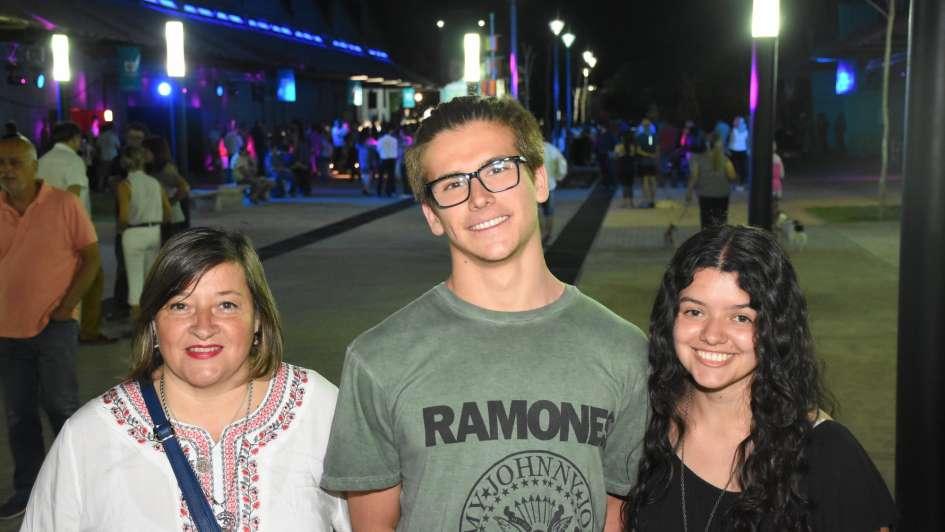 La Ciudad inauguró el Paseo Antonio Di Benedetto